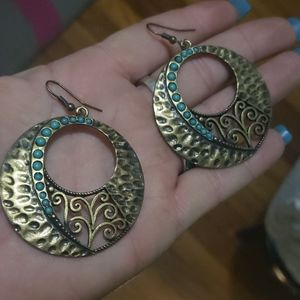 Beautiful brass/Turquoise earrings